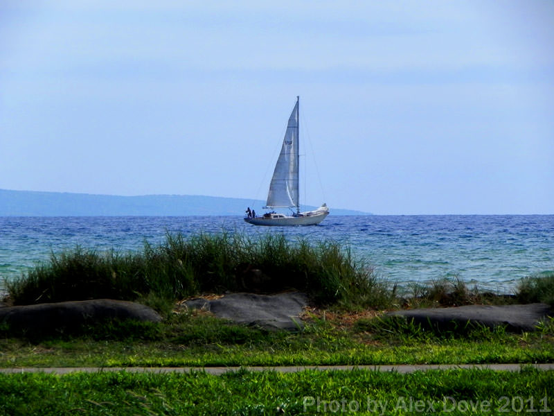 Photo, Kalama Park Sailboat by Alex Dove 05/2011